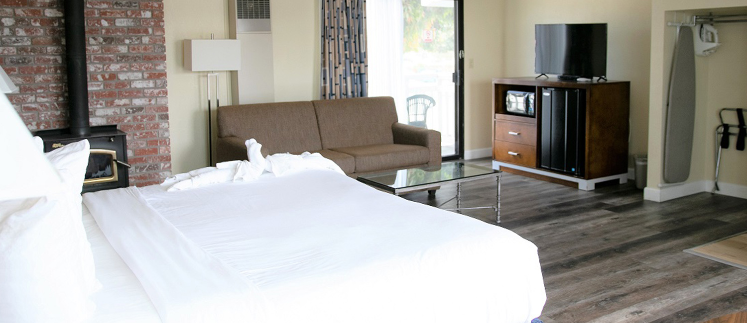 CHOOSE OUR MODERN GUEST ROOMS FOR YOUR MORRO BAY GETAWAY